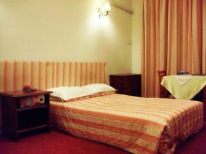 Karoon Hotel 3-star Tehran Iran economic room cheap budget